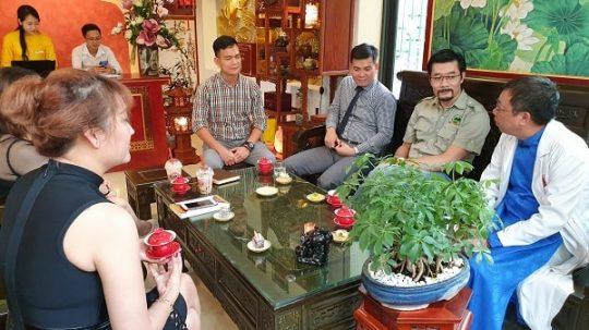 Nhất Nam Y Viện, địa chỉ thăm khám của nhiều khách hàng, trong đó có Phi Thanh Vân