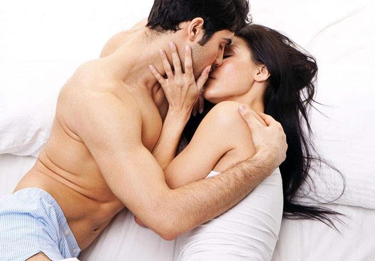 """Tạo ra âm thanh trong lúc """"yêu"""" giúp cuộc yêu nồng cháy, mãnh liệt hơn"""