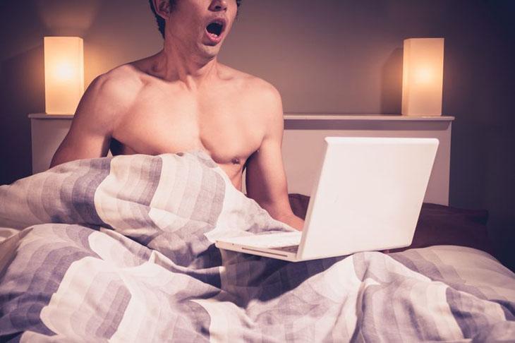 Thủ dâm nhiều gây ra nhiều tác hại nghiêm trọng