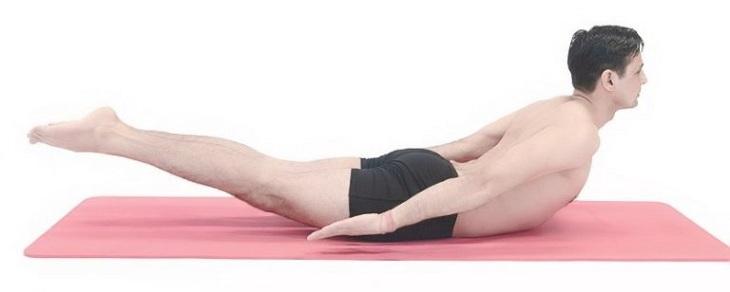 Yoga là bài tập tăng cường sức dẻo dai và độ bền bỉ trong cuộc yêu