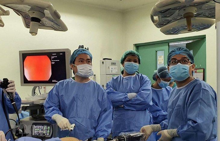 Dựa trên tình trạng bệnh, bác sĩ sẽ tiến hành chẩn đoán và đưa ra các phương pháp điều trị phù hợp