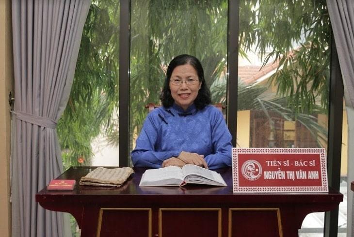 TS. Bác sĩ Nguyễn Thị Vân Anh - Danh y hàng đầu về y học cổ truyền