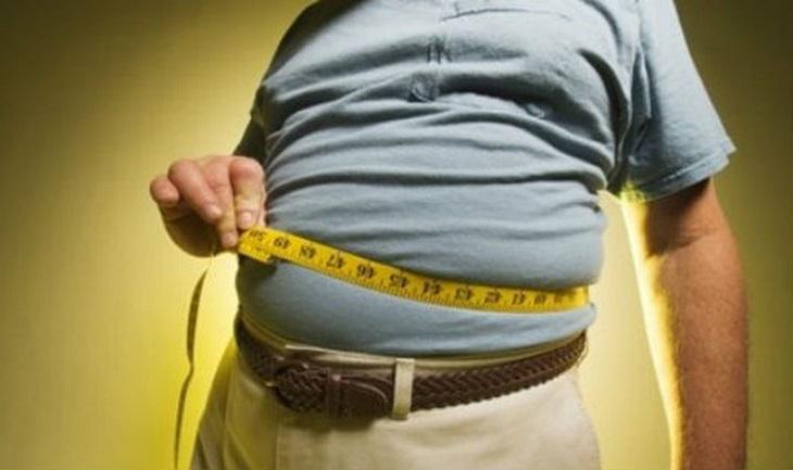 Bạn cần chú ý kiểm soát chế độ ăn uống để tránh béo phì