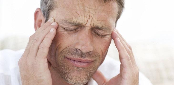 Yếu sinh lý khiến nam giới căng thẳng và dễ cáu gắt