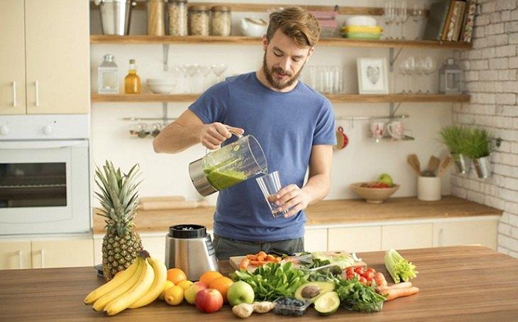 Lối sống, sinh hoạt và chế độ dinh dưỡng tác động rất lớn đến tình trạng tinh trùng loãng