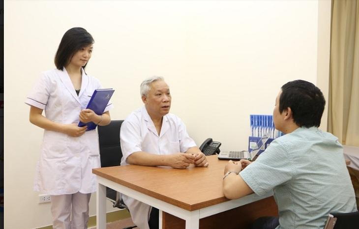 Kiểm tra, xin ý kiến từ bác sĩ, chuyên gia là việc làm vô cùng cần thiết