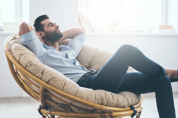 Nghỉ ngơi hợp lý, tinh thần thoải mái là một trong những cách chữa di tinh đơn giản nam giới cần thực hiện ngay