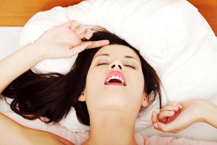 Phái nữ thường cong lưng, ưỡn lên để báo hiệu rằng đã đến lúc đẩy nhanh tốc độ