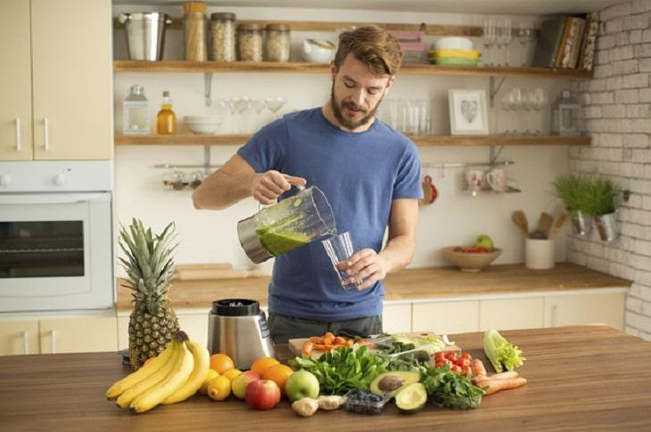 Nam giới cần có chế độ dinh dưỡng đầy đủ dưỡng chất để tăng chất lượng tinh trùng