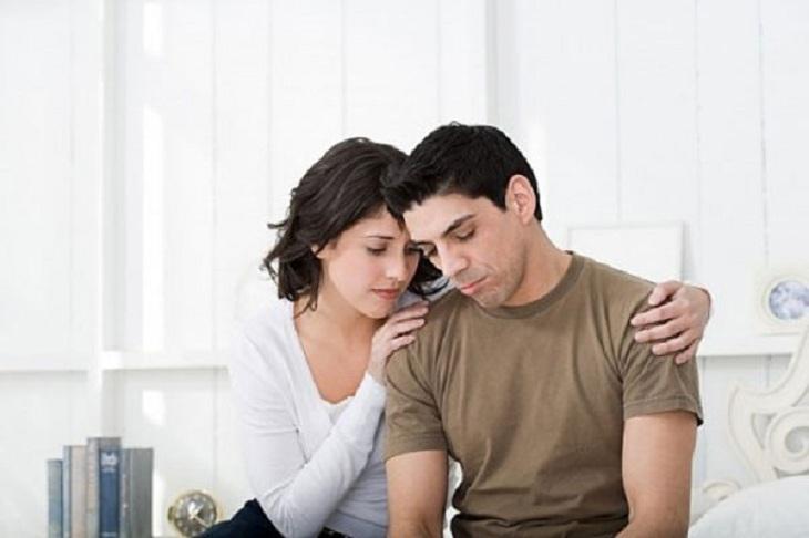 Số lượng tinh trùng ít là tác nhân gây ra hiện tượng hiếm muộn ở nhiều cặp vợ chồng