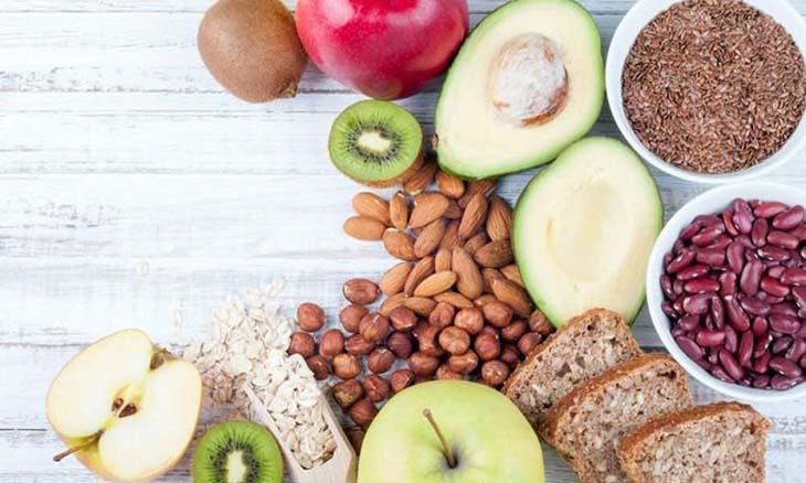 Điều chỉnh chế độ dinh dưỡng phù hợp với người bệnh