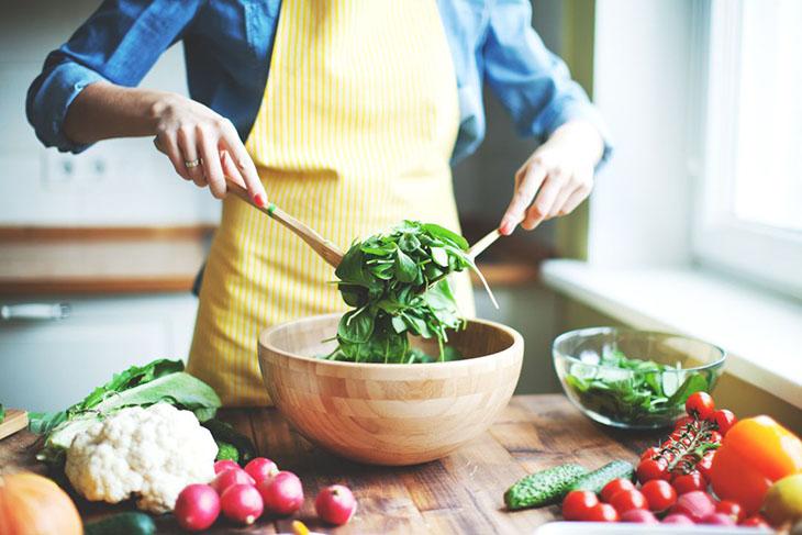 Chế độ ăn uống khoa học giúp người bị kích thích bàng quang nhanh chóng đẩy lùi bệnh tật