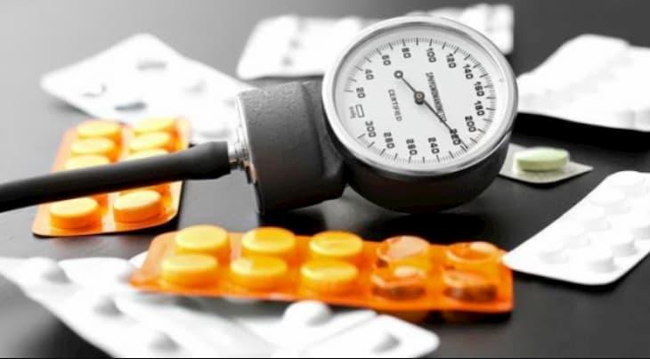 Thuốc kiểm soát huyết áp thường được các bác sĩ kê đơn