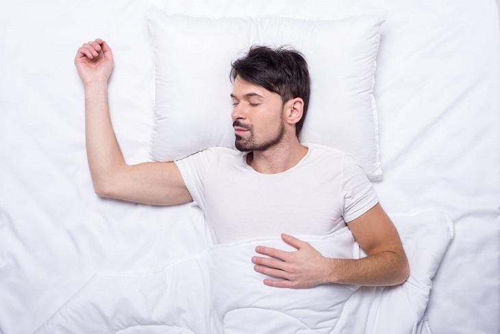 Cách chữa mộng tinh với tư thế ngủ nằm ngửa