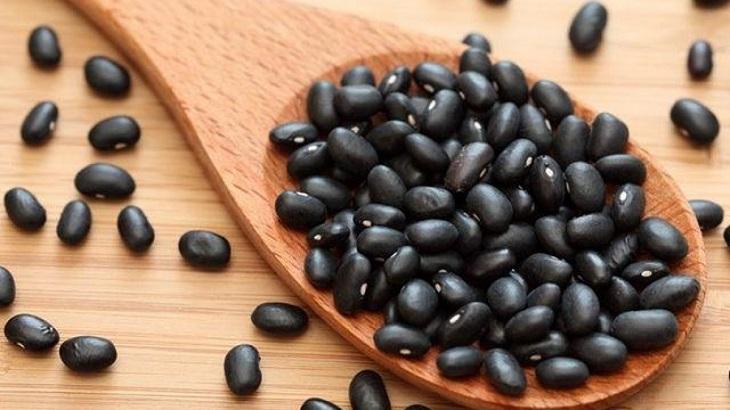 Bài thuốc nam chữa suy thận từ đậu đen