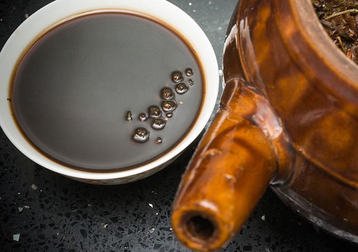 Các bài thuốc Đông y thường dùng sắc uống để chữa đau gót chân