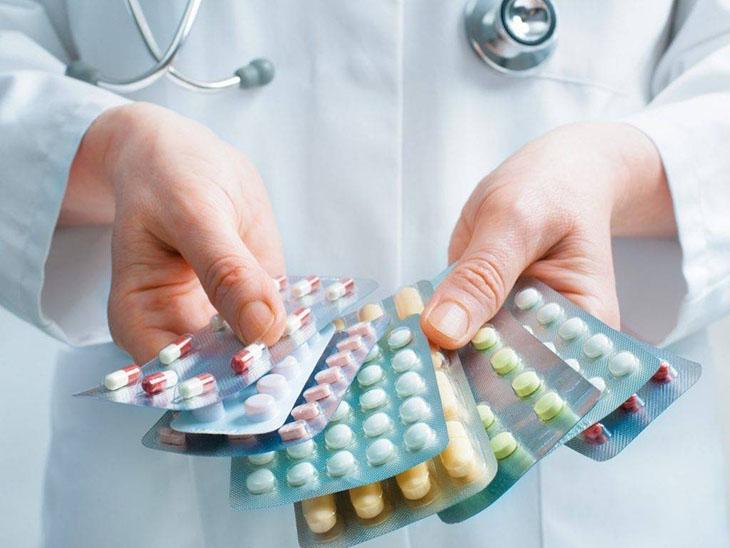Thuốc Tây giúp giảm đau ở khớp chân