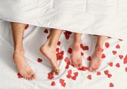 Nên làm gì khi quan hệ trong ngày đèn đỏ là thắc mắc của nhiều cặp đôi