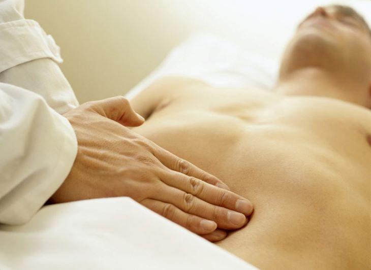 Phương pháp vật lý trị liệu cũng là một cách hỗ trợ điều trị viêm tiền liệt tuyến