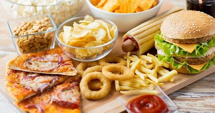 Thận hư nên kiêng ăn gì? Tránh các thực phẩm nhiều cholesterol