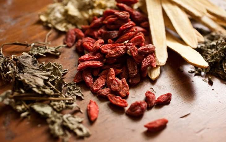 Một số vị thuốc Đông y trị thoái hóa cột sống được dùng phổ biến từ xưa đến nay