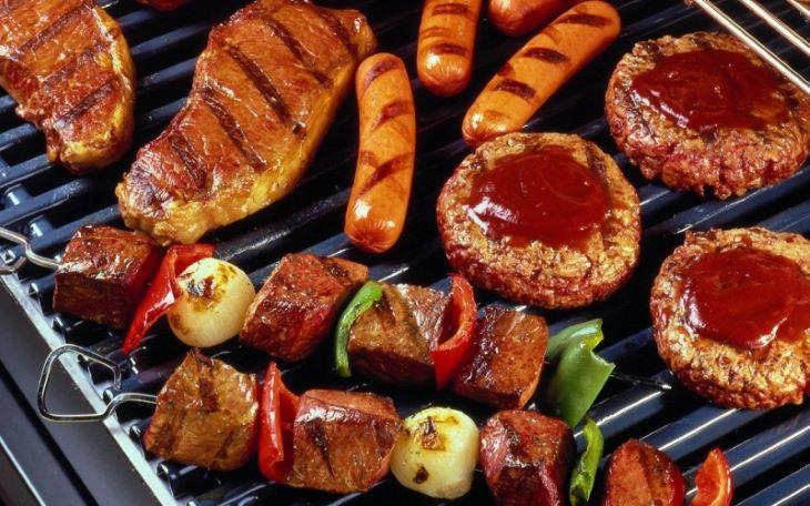 Người bệnh ung thư bàng quang nên hạn chế ăn đồ chiên nướng