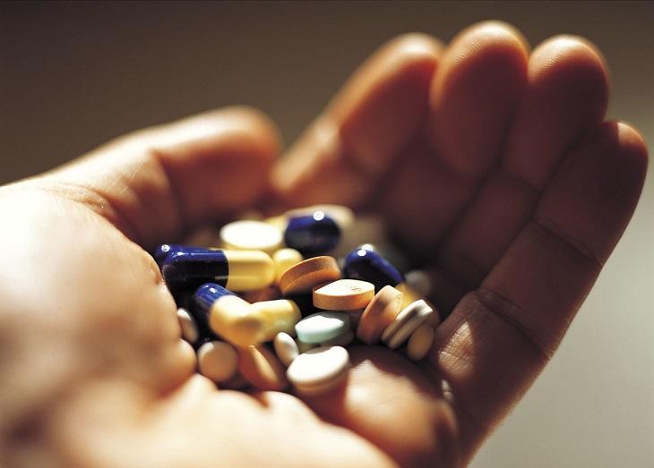 Thuốc Tây giúp khắc phục sưng, viêm nhanh chóng, cho tay khỏi nhanh hơn