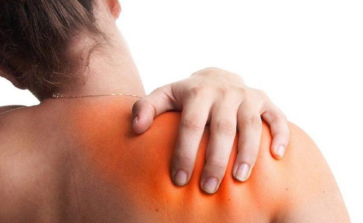 Viêm khớp vai là bệnh xương khớp thường gặp