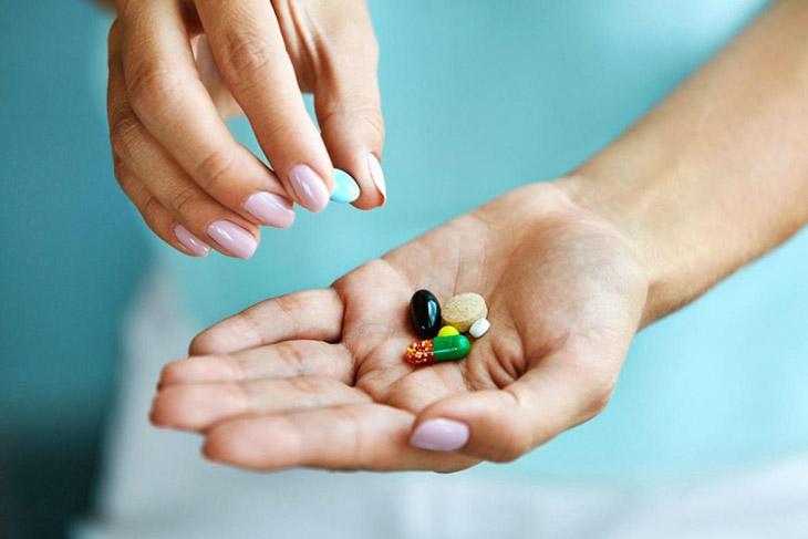Thuốc Tây giúp cải thiện triệu chứng bệnh viêm khớp vảy nến