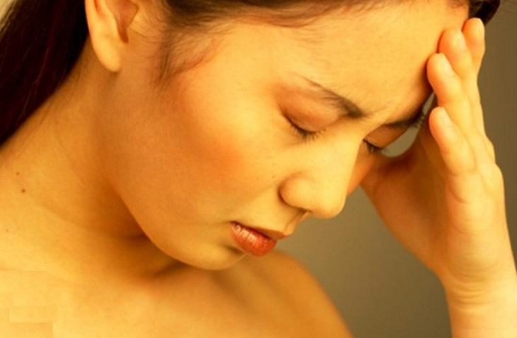 Vàng da là biểu hiện rõ ràng nhất ở người bệnh có sỏi đường mật trong gan