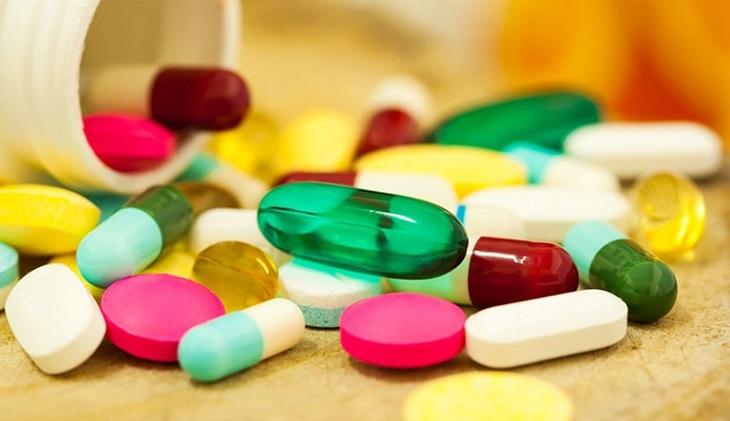 Thuốc Tây y được sử dụng nhiều trong điều trị bệnh viêm khớp háng ở trẻ em
