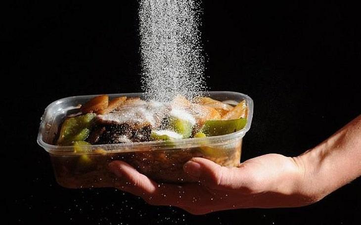 Hạn chế sử dụng thực phẩm nhiều muối
