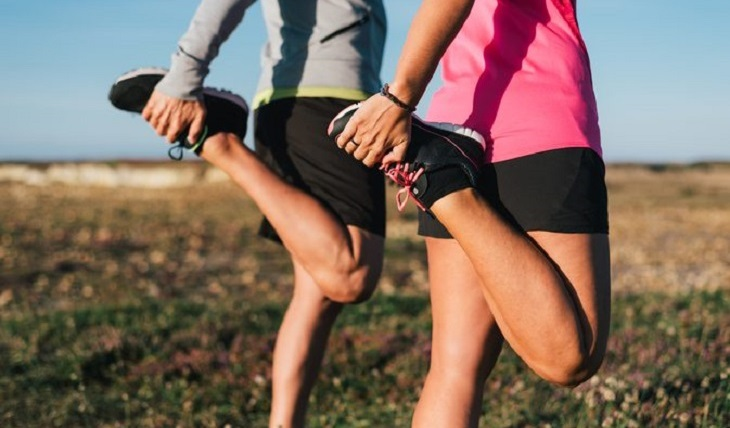 Bài tập giãn cơ phù hợp cho mọi lứa tuổi để điều trị đau nhức khớp gối