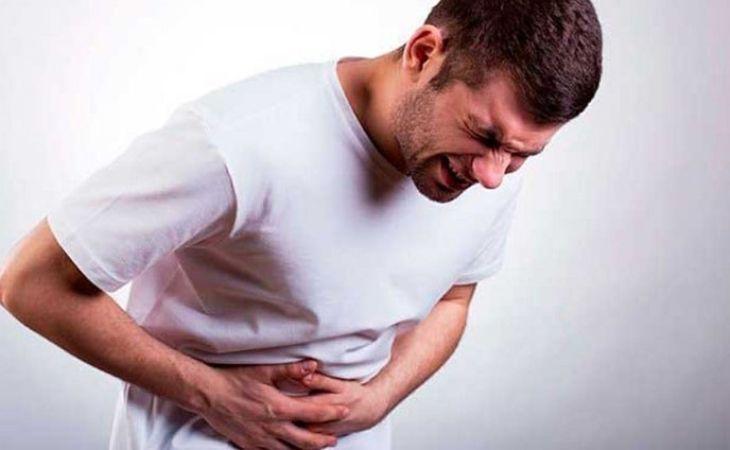 Đau dạ dày cấp khiến bệnh nhân đau đớn