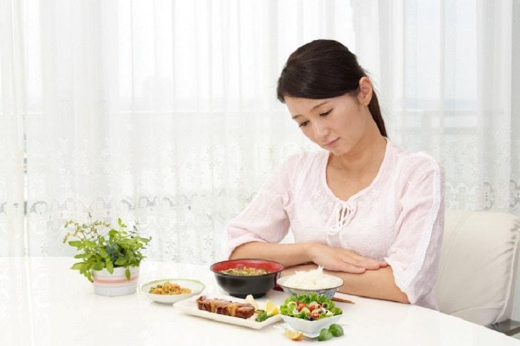 Thiếu hụt chất dinh dưỡng trong thai kỳ cũng có thể gây đau khớp háng sau khi sinh