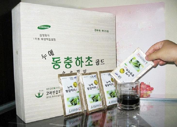 Đông trùng hạ nước nước Sam Sung 60 gói hộp gỗ cao cấp, sang trọng