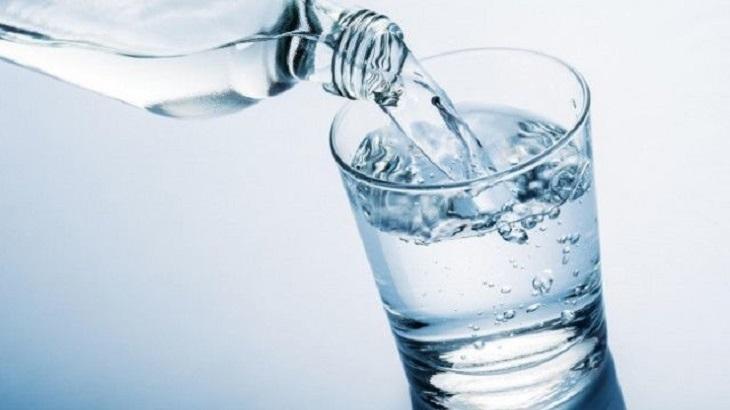 Người bệnh luôn cần bổ sung nước, đặc biệt là nước lọc