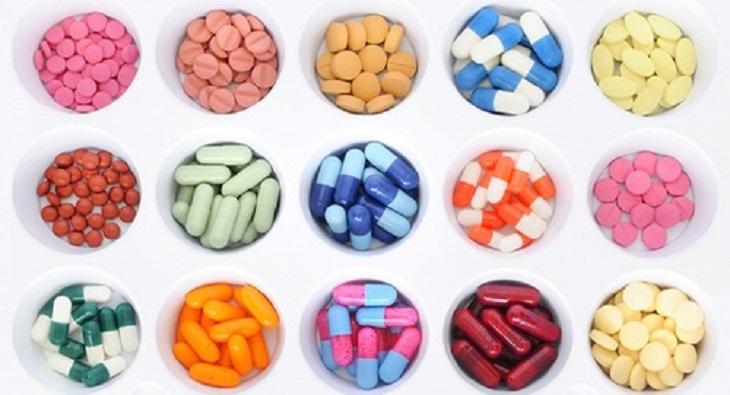 Có nhiều loại kháng sinh khác nhau được sử dụng để điều trị