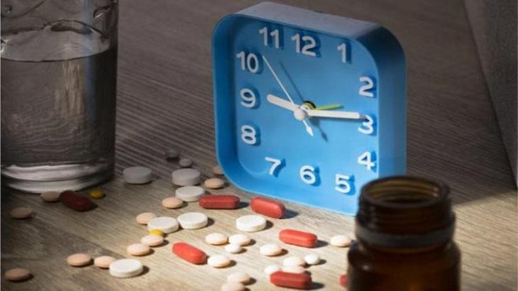 Bệnh nhân nên cố định thời gian uống thuốc để tránh tình trạng quên thuốc