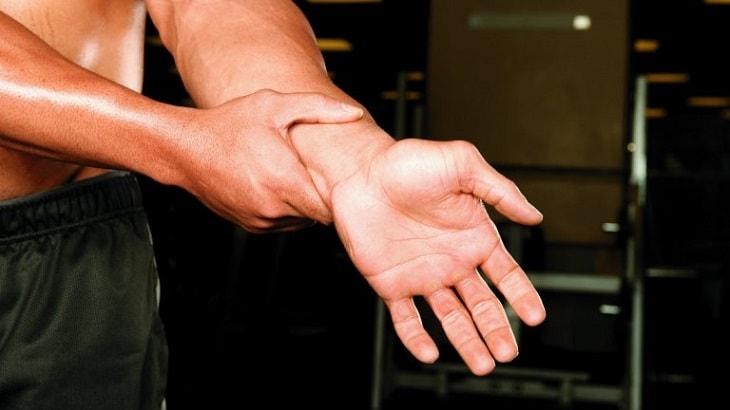 Chấn thương khi vận động mạnh