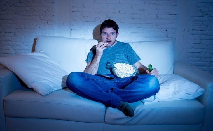 Ăn uống, nghỉ ngơi không khoa học gây đau dạ dày và đi ngoài