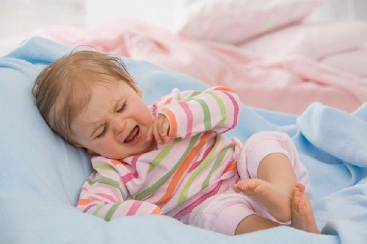 Bệnh lý cầu thận khiến trẻ quấy khóc, khó chịu
