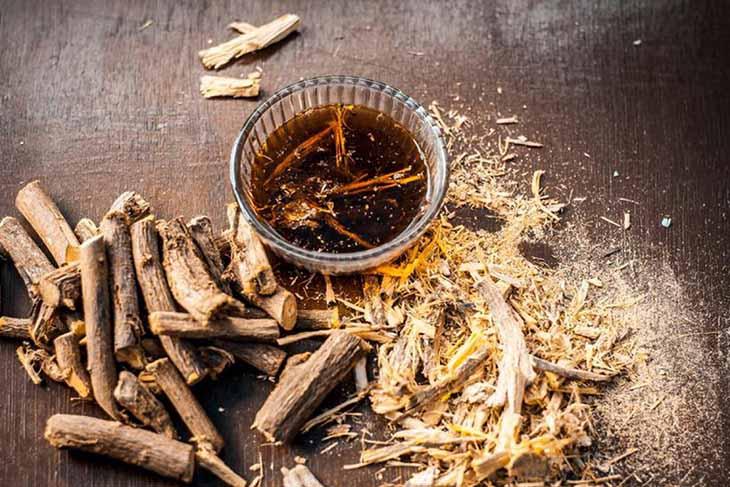 Cam thảo, một trong những vị thuốc Đông y chữa đau dạ dày