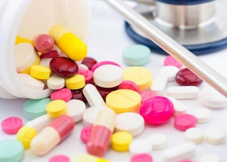 Thuốc Tây y sử dụng trong điều trị có tác dụng giảm các triệu chứng bệnh nhanh chóng