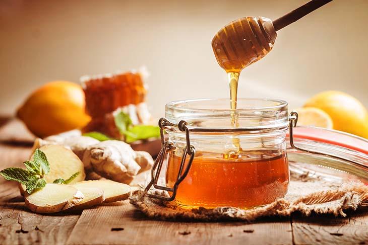 Cách trị nổi mề đay tại nhà bằng mật ong dễ thực hiện, hiệu quả cao