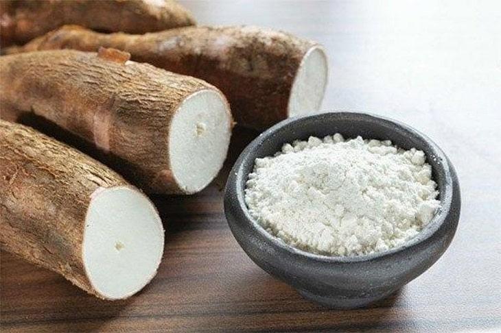 Sắn dây cũng có tính mát, vị ngọt, vì vậy, thường được sử dụng để thanh nhiệt, giải độc và làm thông đường tiết niệu