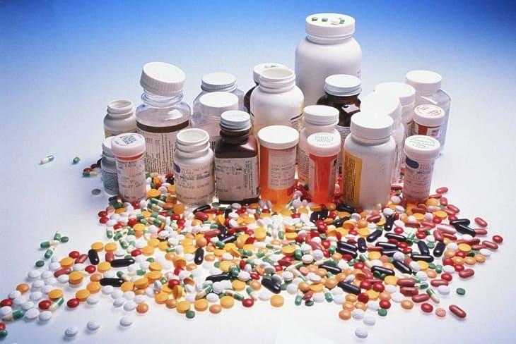 Bệnh nhân không được tự ý dùng thuốc Tây khi chưa có sự chỉ định của bác sĩ