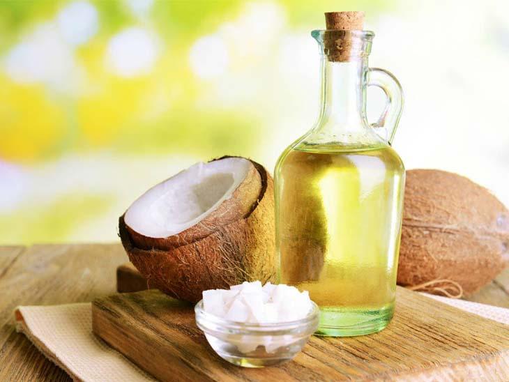 Dùng dầu dừa là mẹo dân gian giảm sẹo hiệu quả cho những bệnh nhân bị chàm bội nhiễm