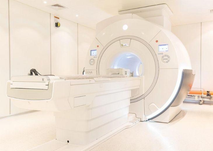 Chụp MRI là phương pháp chụp xác định chính xác nhất về các tổn thương về xương khớp