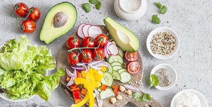 Chế độ dinh dưỡng đóng vai trò quan trọng với bệnh nhân suy thận mạn
